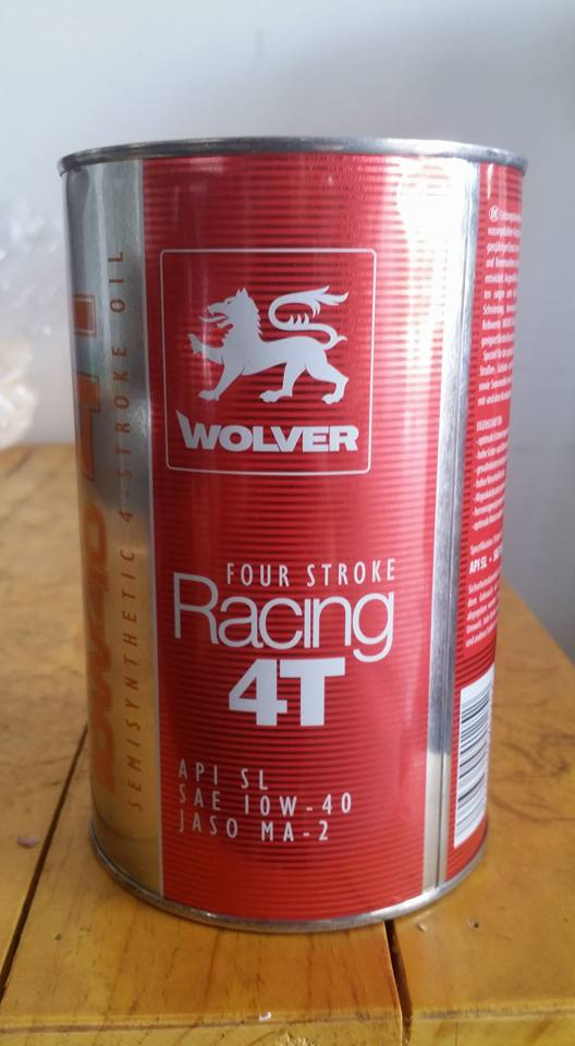 Nhớt wolver racing